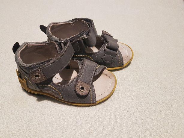 Sandałki 20, 13cm Kornecki