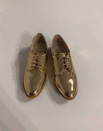 Новые! Туфли/ ботинки оксфорды (цвет - шампань) привезены из Будапешта