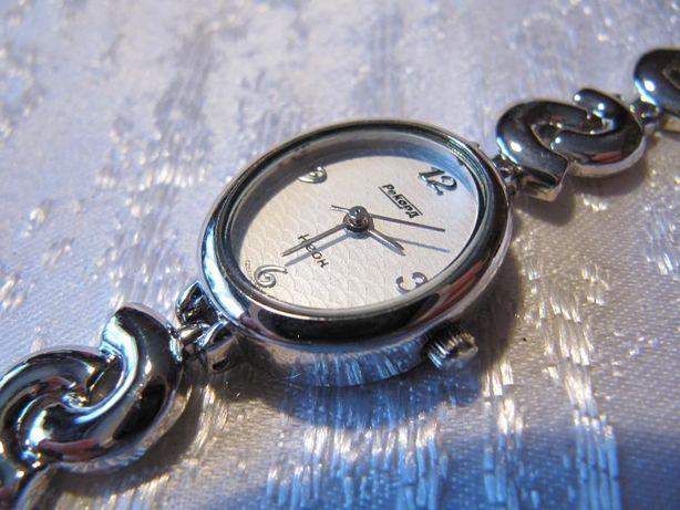 Часы кварцевые женские Рекорд новые, механизм Citizen,в коллекцию
