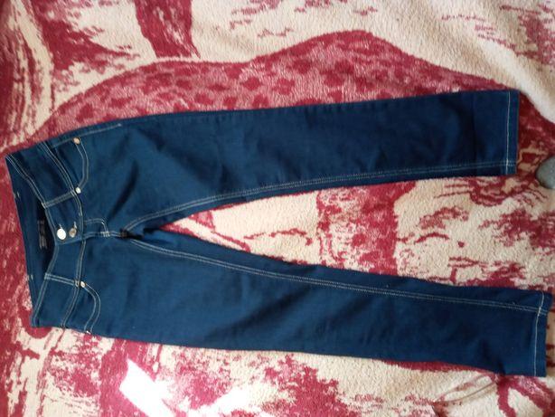 Продам классные джинсы 36 размер