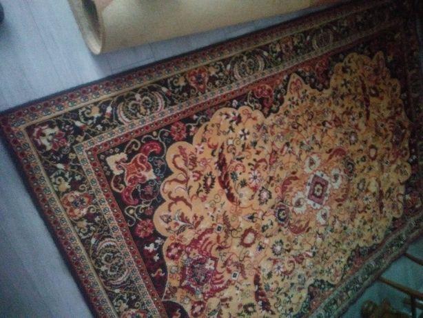 Sprzedam dywan wełnieny
