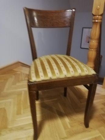 Krzesło w stylu vintage, drewniane, tapicerowane.