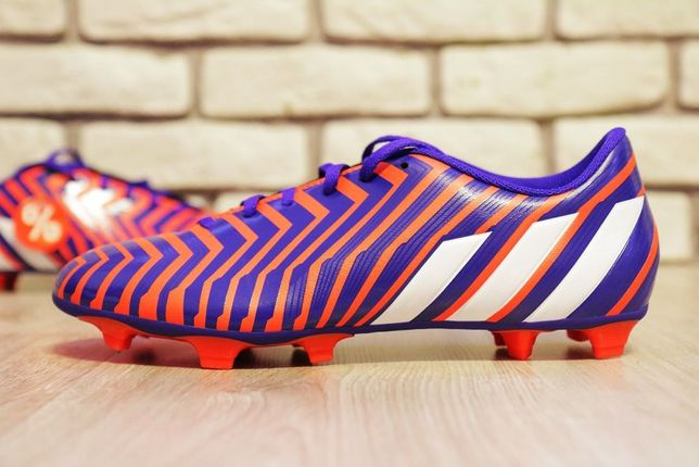 Buty piłkarskie - korki - adidas - nowe korki