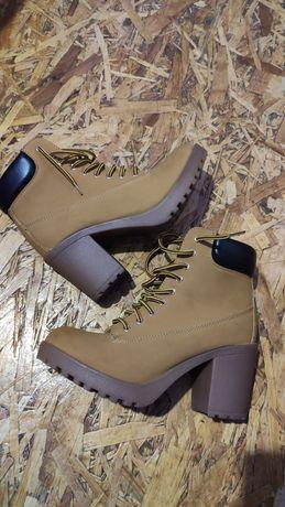 Ботинки 37р зима,осінь