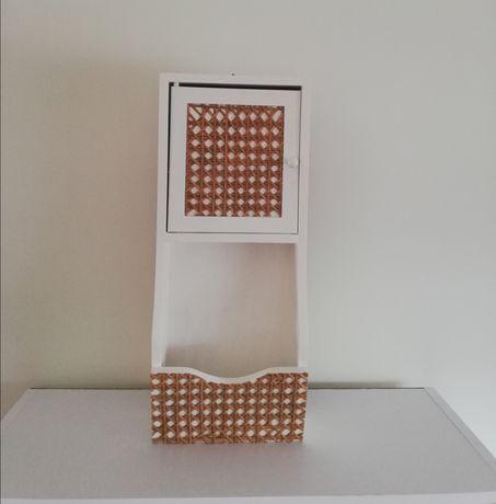 Móvel chaveiro em madeira pinho 44x18,5x9