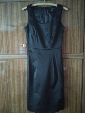 Czarna elegancka sukienka S/36