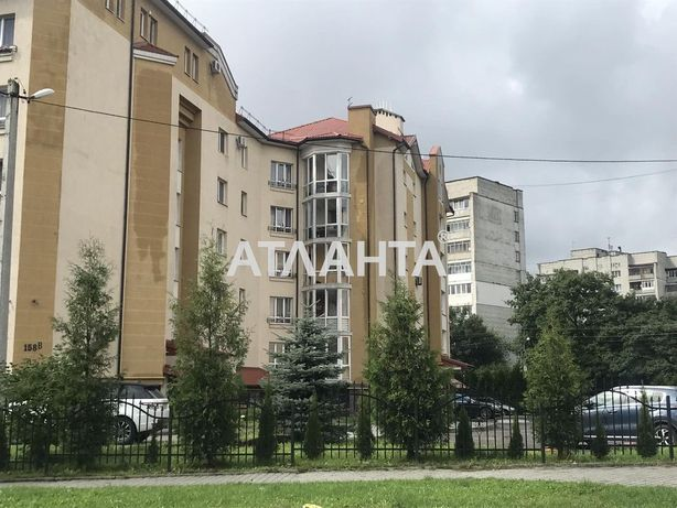 Трикімнатна квартира в елітній новобудові по вул. Кульпарківській