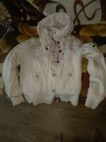 Продом курточки женские