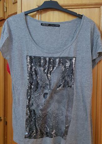 Blusa Zara Collection cinza estampada como mostra as fotos