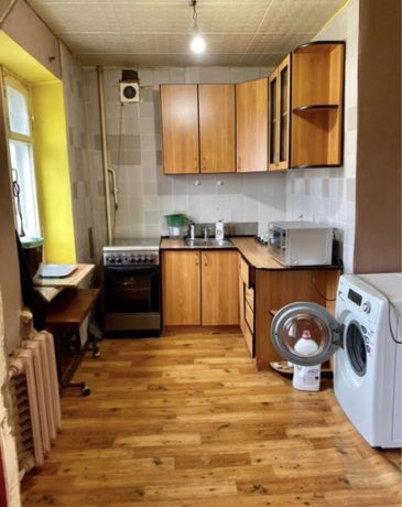 Продается 4х комнатная квартира в Центре ул. Дзержинского.