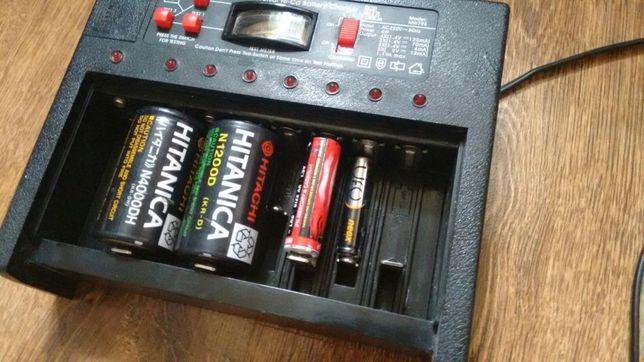 Мульти зарядное батареек,пальчиковых,минипальчиковых,больших и крона.