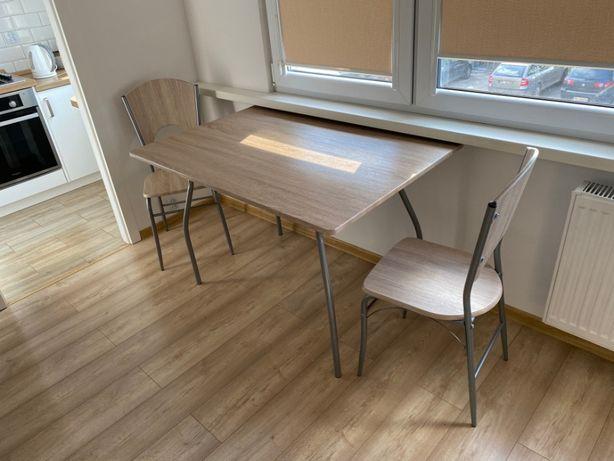 Zestaw- stół plus 2 krzesła