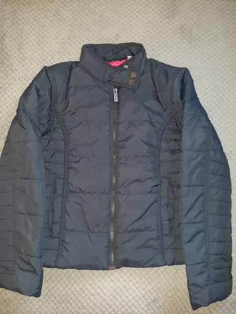 Куртка на девочку рост 140см