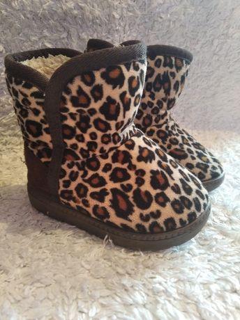 Шикарние угги чоботи ботинки зимнии