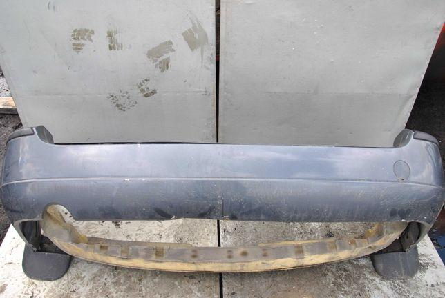 Ford Focus MK1 kombi zderzak tył