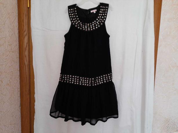 Нарядное шифоновое платье на девочку 9-10  лет