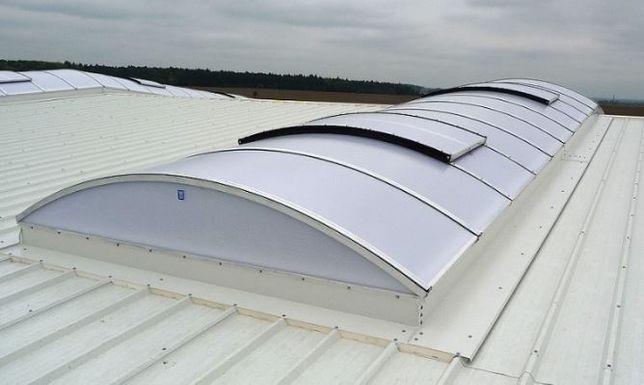 Świetliki dachowe remonty świetlików rozbiórka wyłaz dachowy