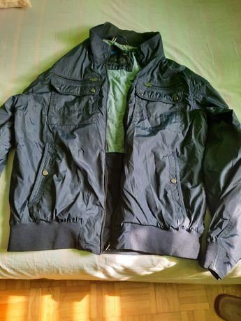 Mało używana kurtka marki Diverse