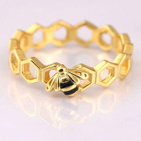 Lindíssimo anel Honeybee em prata
