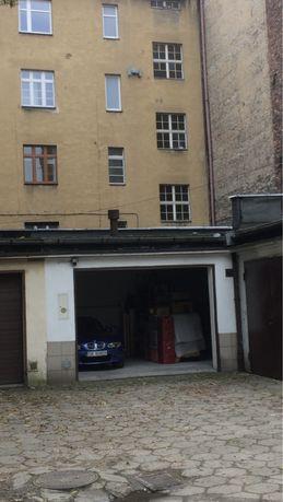 Garaż premium centrum miasta Katowice Królowej Jadwigi