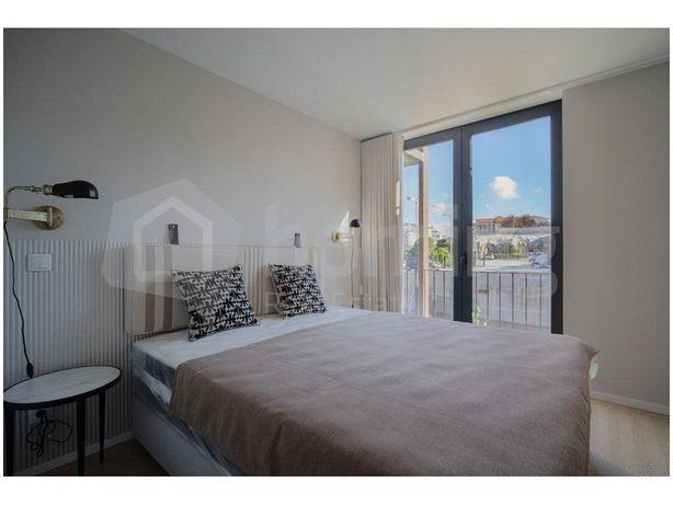 Apartamento Campanhã T1+1 Com Garagem E Varanda