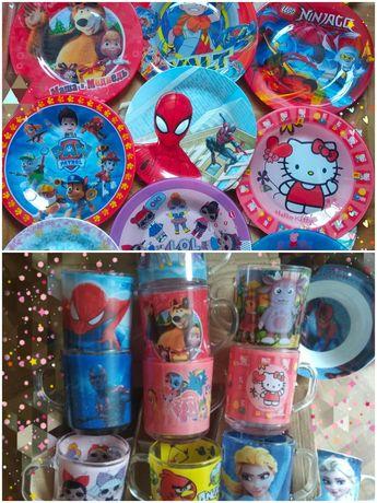 Детские тарелки, мисочки и чашки