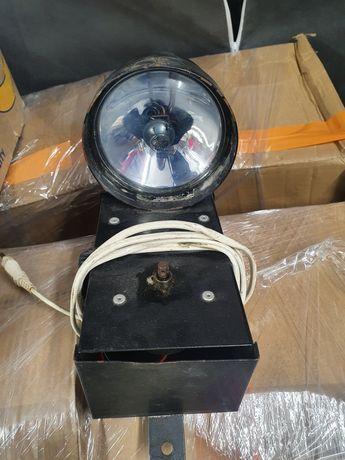 Reflektor punktowy - oświetlenie kuli