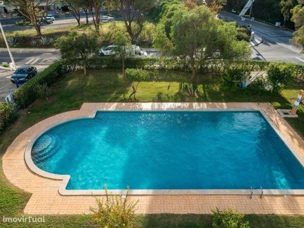 T2 remodelado em condomínio com piscina - Vilamoura