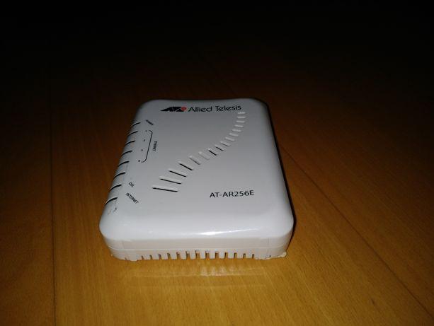 Router AT,  usado, a funcionar
