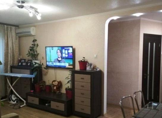 Продам 3-х комнатную квартиру. ул. Сегедская