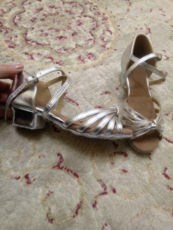 Туфли для бальных танцев, новые, 21,5см
