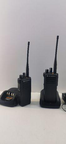 2x radiotelefon Motorola DP4400 z ładowarkami!