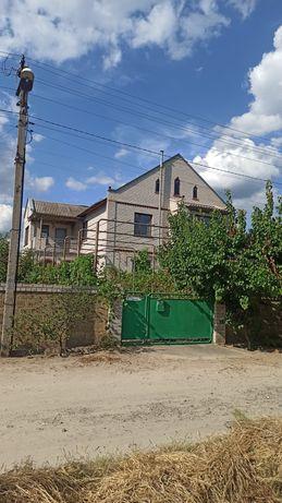 Продам дом в Центральной Основе.