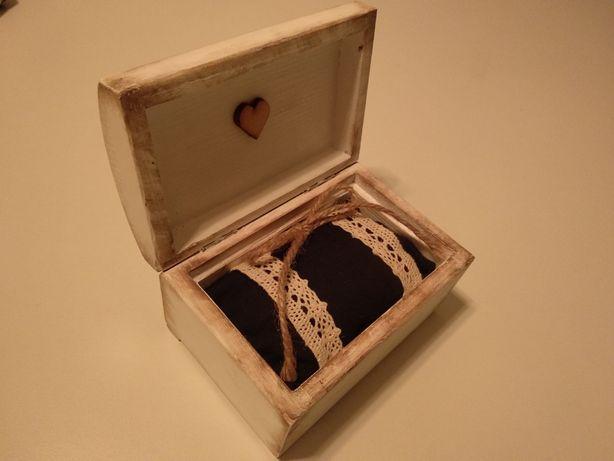 Szkatułka/pudełko na obrączki