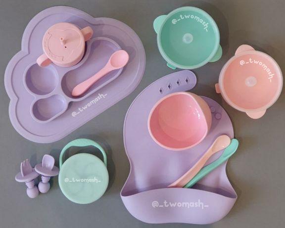 Большой набор детской силиконовой посуды.