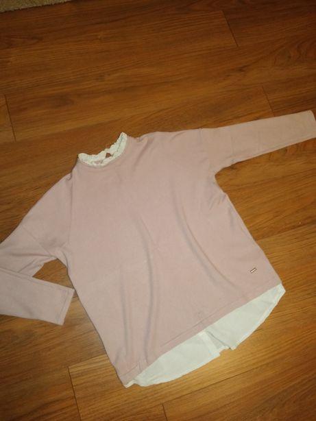 Różowy nude sweter Mohito z koszula