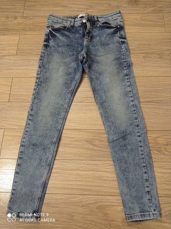 Spodnie Jeans stan idealny. Rozm 36.