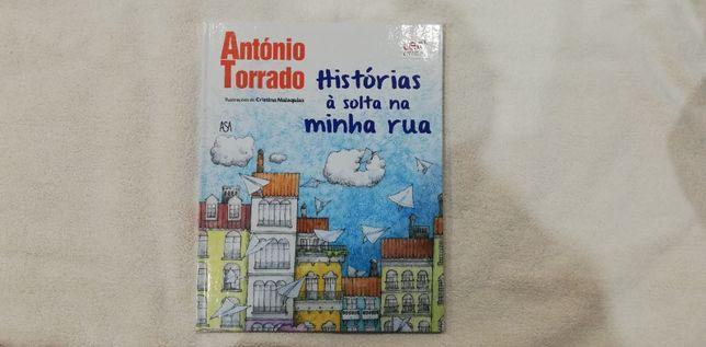 """Livro """"Histórias à solta na minha Rua"""" de António Torrad0"""