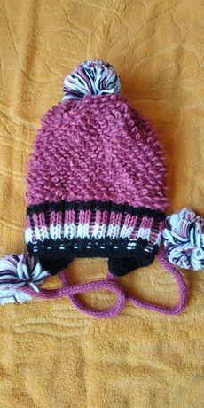 Теплая польская шапка на детей и подростков