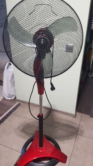 Вентилятор напольный.Polaris.
