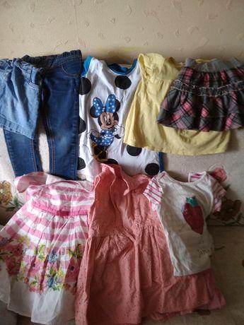 Продам одежду для девочки 2-4 года