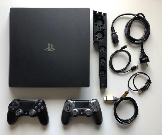 Konsola PlayStation 4 Pro 1Tb CUH-7116B + 2 pady + zewnętrzny wentylat