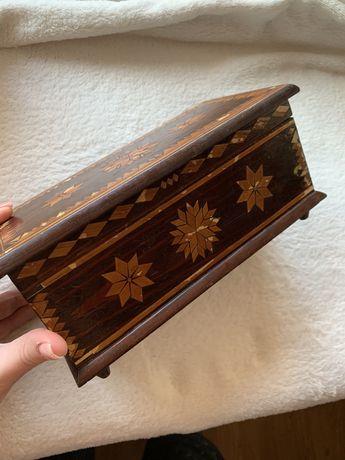 Деревянная шкатулка (винтаж, в коллекцию)