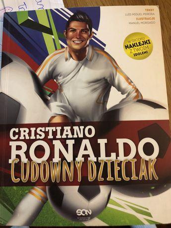 Cristiano Ronaldo cudowny dzieciak z naklejkami!