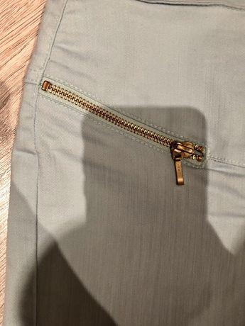 Piękne błękitne spodnie ze złotymi suwakami-Vero Moda !
