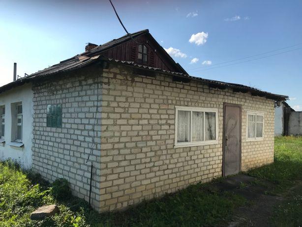 Продаётся пол дома(квартира)