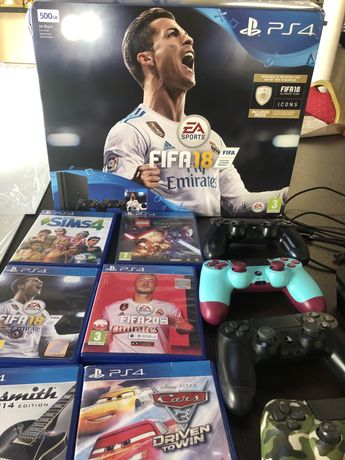 Play Station 4, 6 gier, 4 pady