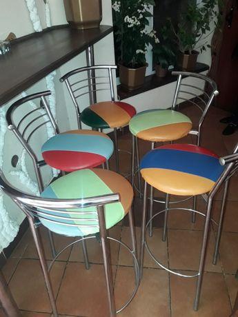 Продаються барні крісла