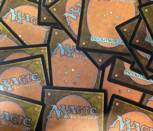 LOTE 100 Cartas Comuns Magic the Gathering MTG