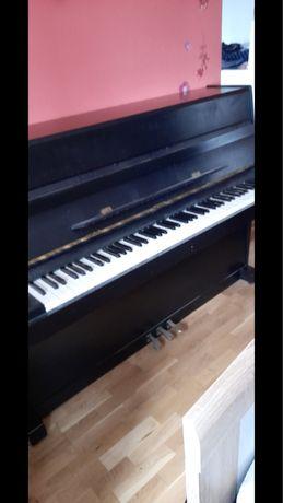 Pianino marki Leginca
